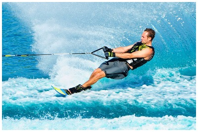 اسکی روی آب کیش | تفریحات آبی کیش| گشتانو: رزرو تفریحات آبی کیش|گشتانو:گردشگری در کیش