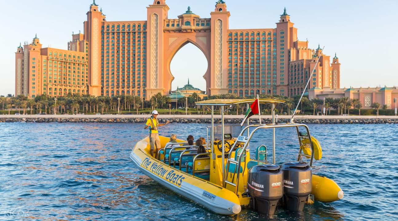 قایق سواری دبی مارینا |گشت با قایق در دبی | رزرو آنلاین قایق سواری دبی مارینا