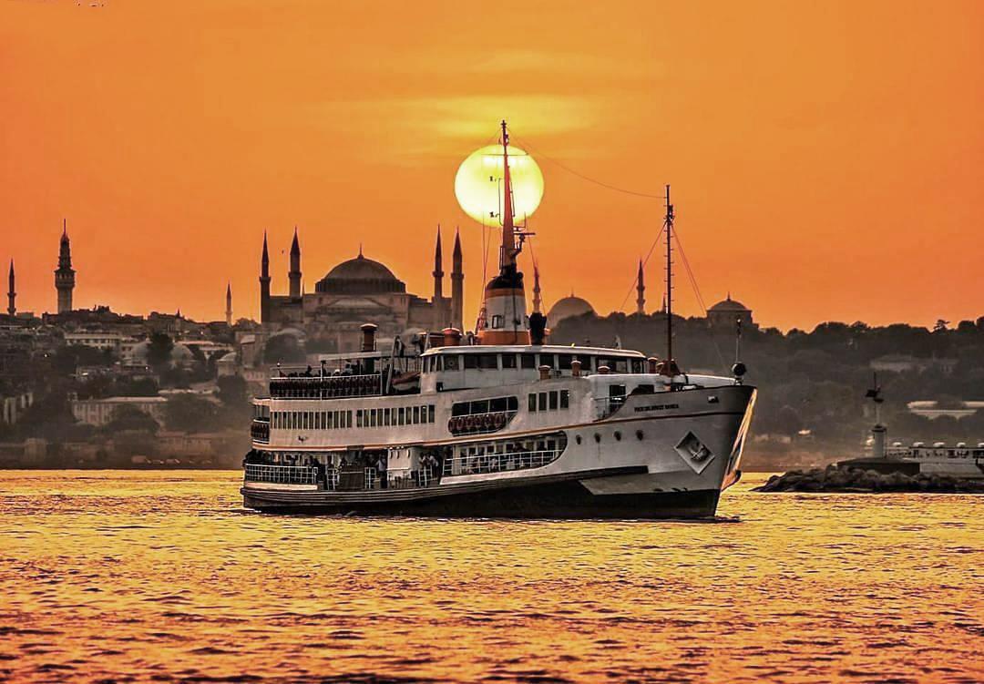 رزرو آنلاین گشت کشتی استانبول | تور کشتی استانبول